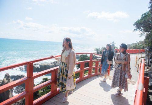 「4MEEE」が「宮崎県」とタイアップ。オトナ女子に向けた観光PR情報を発信!